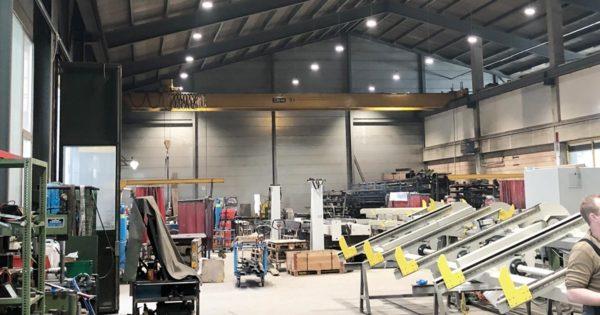 Flueckiger und Braunschweiler LED Hallenbeleuchtung SES AG